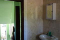 Carlton bathroom 3